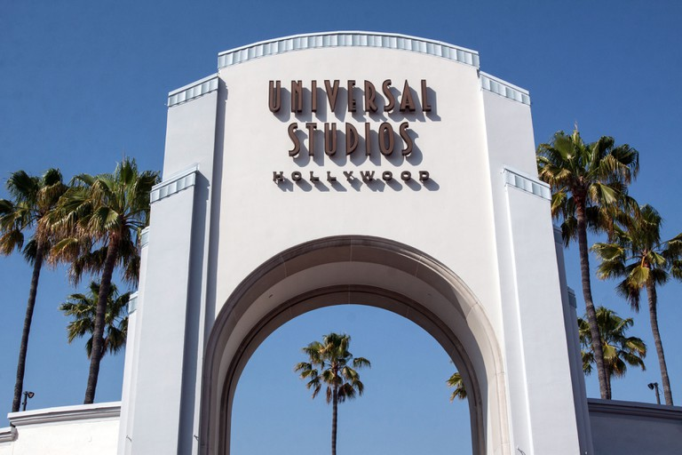 ARCH AT THE ENTRANCE TO UNIVERSAL STUDIOS LOS ANGELES CALIFORNIA UNITED STATES USA