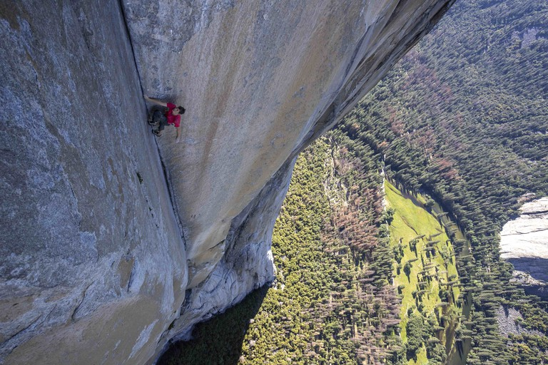 Honnold climbs through the Enduro Corner on El Capitan