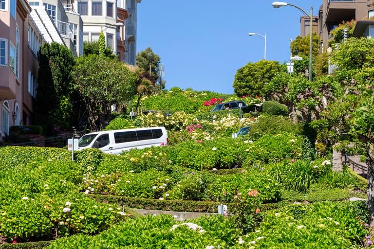 Lombard Street, Crooked Street, San Francisco, California.