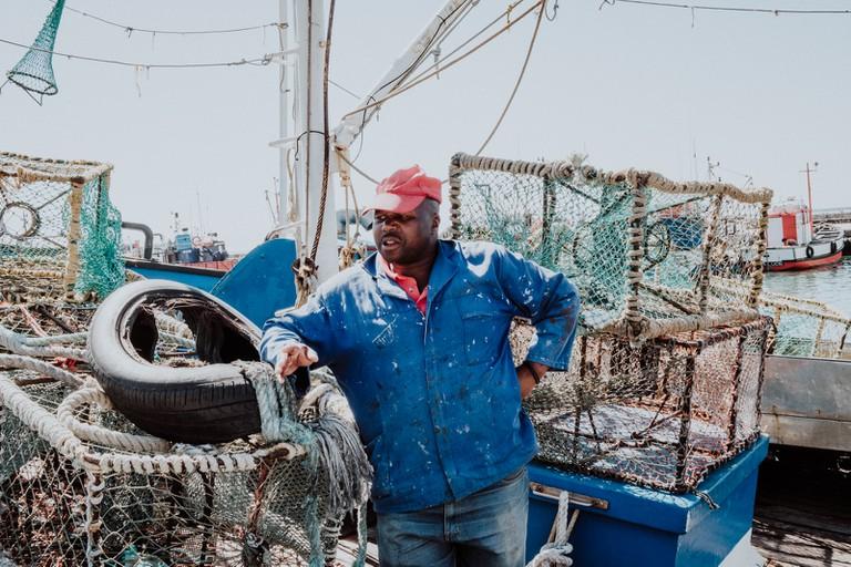 KALK_BAY_FISHERMAN_KALK BAY_CAPE TOWN_SOUTH AFRICA