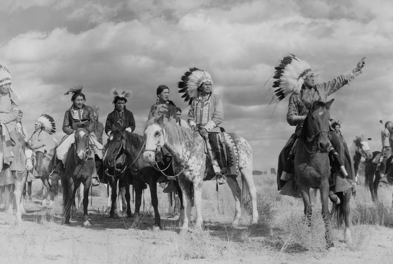 Navajo actors in She Wore A Yellow Ribbon (1949). Director: John Ford.