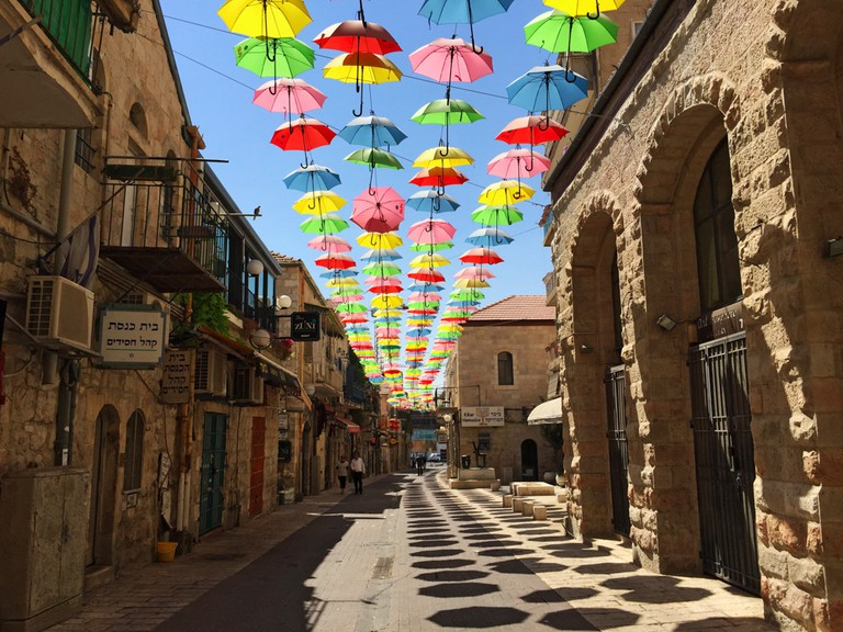 Yoel Moshe Solomon Street is a funky alley with jewellery stores, art galleries and souvenir stands