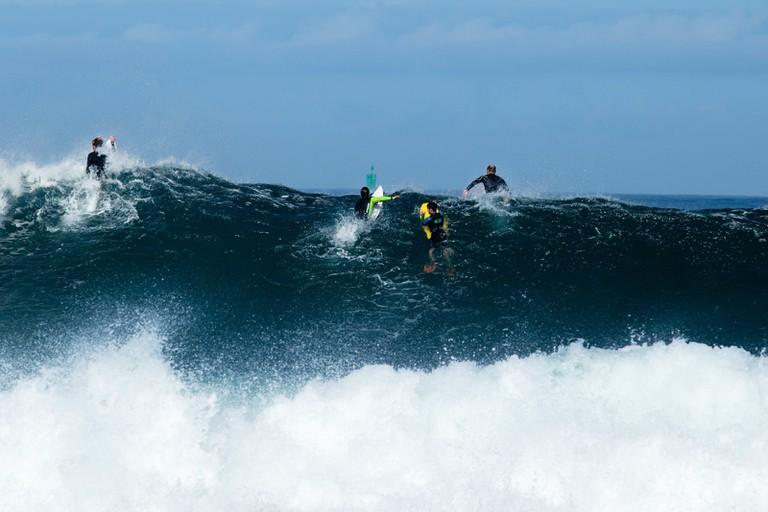 STGUÉNOLE-SURF-POINT-DE-LA-TORCHE-PORSCARN-THE-SURFERS-OF-BRITTANY-BRITTANY-FRANCE