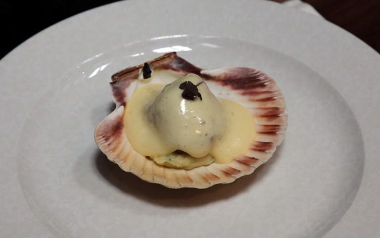 Scallop starter served at Fade Street Social restaurant Dublin