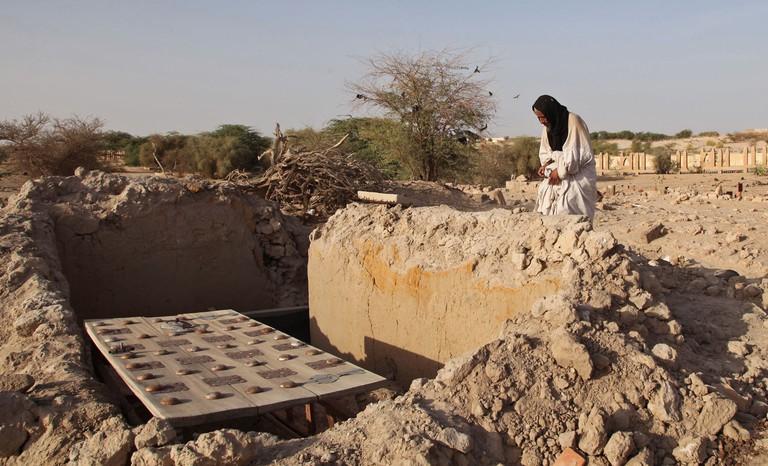 Mali Restoring Mausoleums, TIMBUKTU, Mali