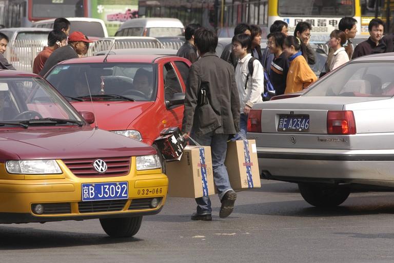 Consumers flock to Zhong Guan Cun in Beijing to buy computers