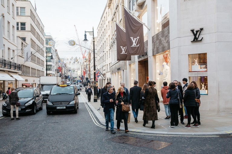 There a number of high-fashion, designer stores in Mayfair