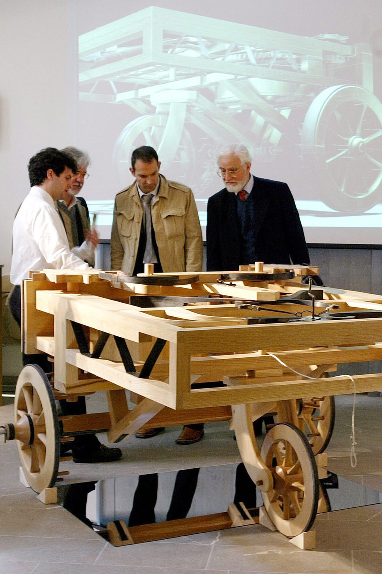 Italy Leonardo Da Vinci Cart - Apr 2004
