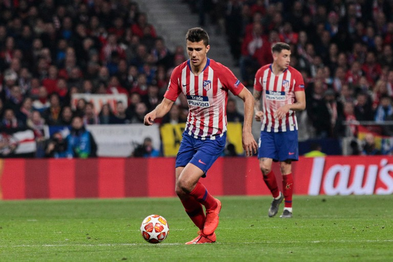 Atletico de Madrid's Rodrigo Hernandez seen in action during the UEFA Champions League match, Round of 16, 1st leg between Atletico de Madrid and Juventus at Wanda Metropolitano Stadium in Madrid, Spain.