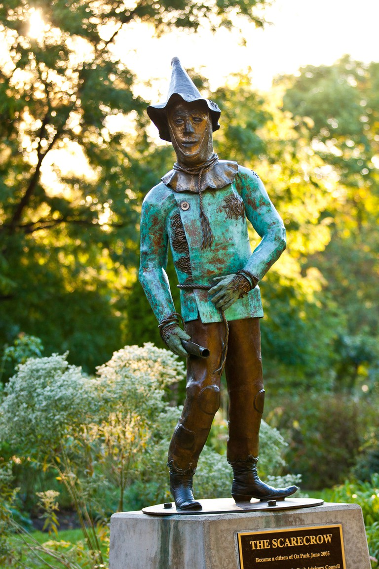 Oz Park was named to honor L Frank Baum, the writer of 'The Wonderful Wizard of Oz'