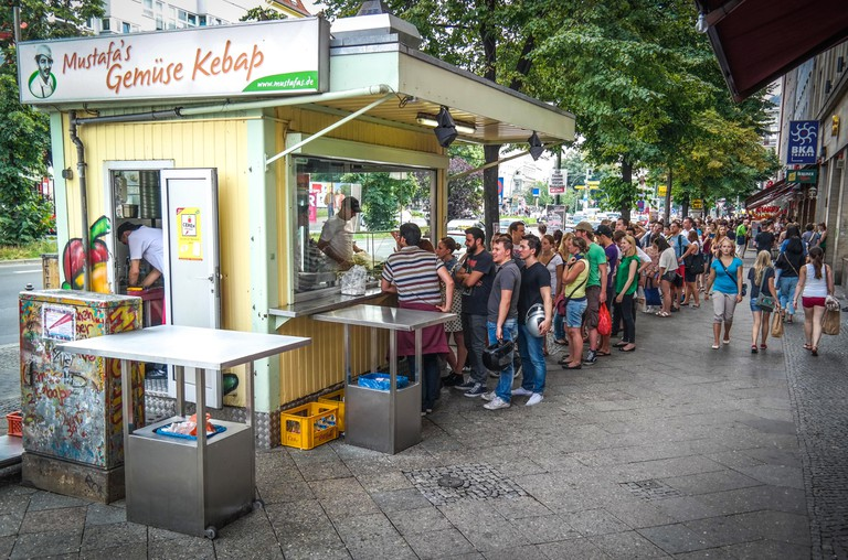 Berlin, Kreuzberg, Mehringdamm, Mustafas Gemuse Kebab