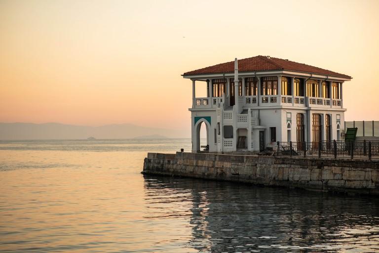 Moda iskelesi, moda dock, moda pier. Kadikoy, Istanbul. Turkey.