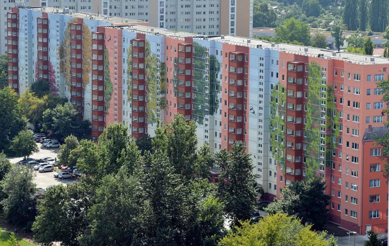 apartment building painted by artists 'Citecreation', Lichtenberg