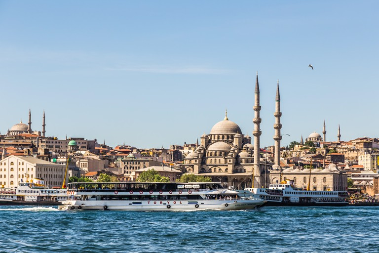 New Mosque and the Golden Horn in Eminonu, Istanbul, Turkey