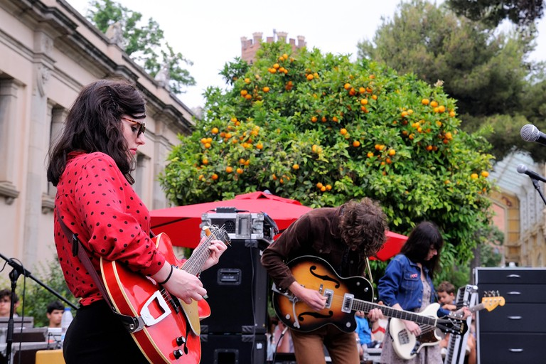 Veronica Falls (band) performs at Parc de la Ciutadella for free in Barcelona