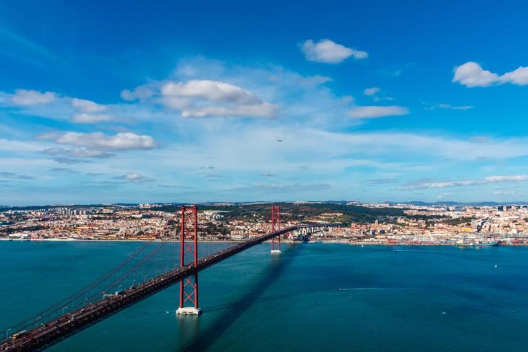 The 25 April bridge (Ponte 25 de Abril) is a steel suspension bridge located in Lisbon, Portugal, crossing the Targus river.