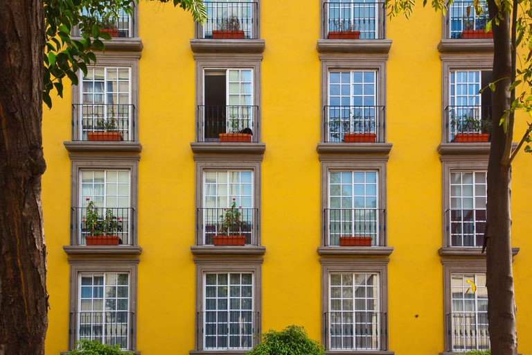 Apartment building in Zona Rosa in Mexico City. Image shot 2009. Exact date unknown.