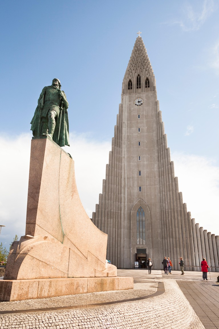 Leifur Eriksson statue and Hallgrimskirkja Church, Reykjavik, Iceland