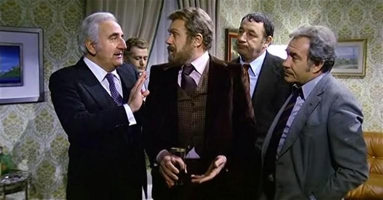 . Italiano: Screenshot del film Amici miei (1975) di Mario Monicelli. 5 April 2009. Gawain78 6 Amicimiei-cast