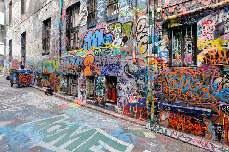Hosier Lane, Famous Laneway Street Art (Graffiti) of Melbourne