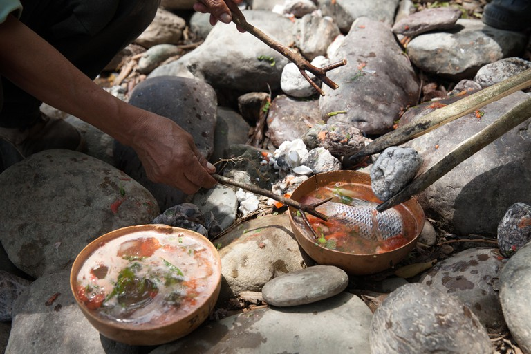 Mexico: Traditional stone soup (caldo de piedra)