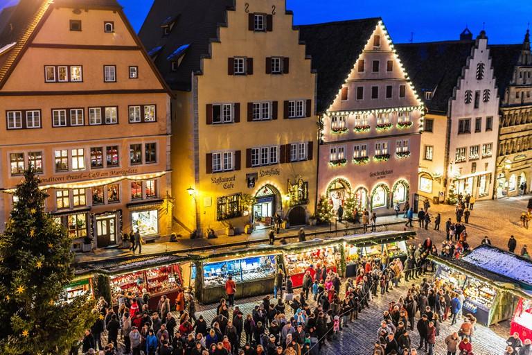 Opening of the Christmas Market (Reiterlesmarkt) in Rothenburg