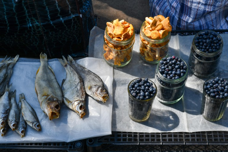 Food sold on the streets of Minsk