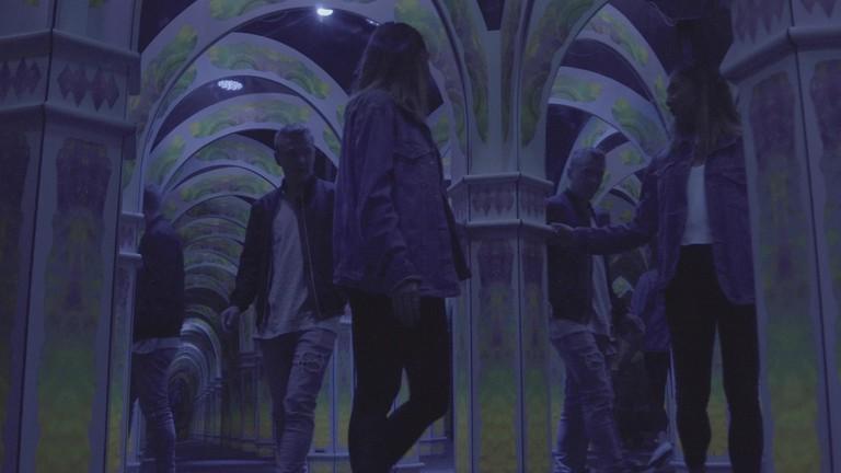 CTAM18 - 0053 - Lose Yourself in San Francisco's Infinite Mirror Maze - in body