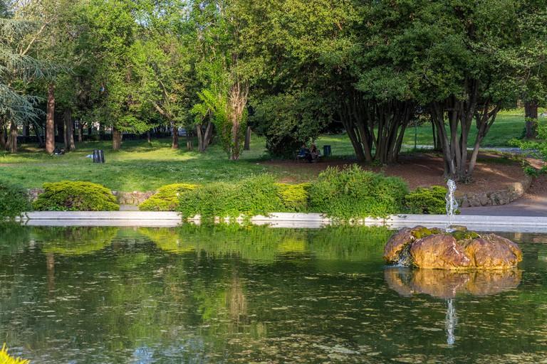 Fontana rotonda di villa Borghese at Pincio Hill Park, Rome, Lazio, Italy, Europe.