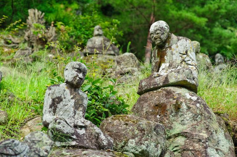 Statues of Gohyaku Rakan near Reigando cave