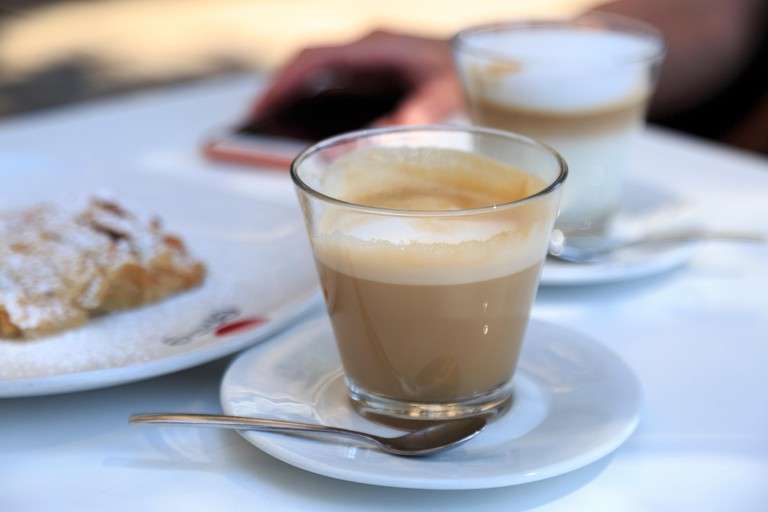 Coffee macchiato, Spain