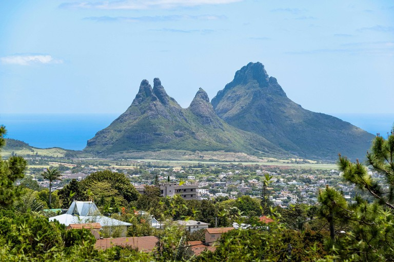 Mauritius, Plaines Wilhems district, Curepipe, panorama from trou aux Cerfs, Rempart Mountain