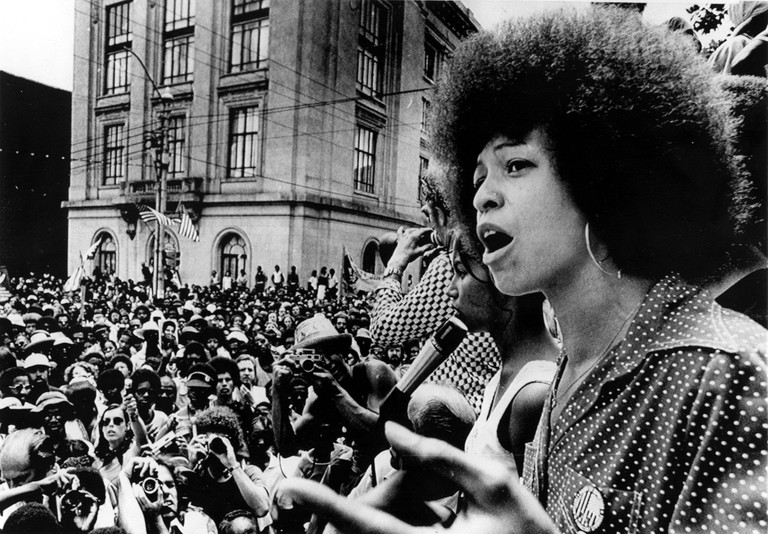 7/4/74--RALEIGH, N.C.: Black activist Angela Davis addresses a rally estimated at 5,000 people who marched through downtown Rale