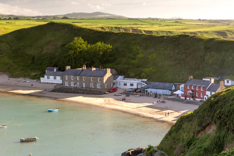 Evening light over Porthdinllaen, Wales