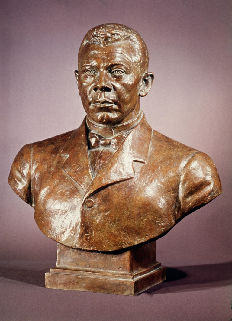 BOOKER T. WASHINGTON /n(1856-1915). American educator. Bronze bust by Richmond BarthT, cast in 1973 after an original of 1946.