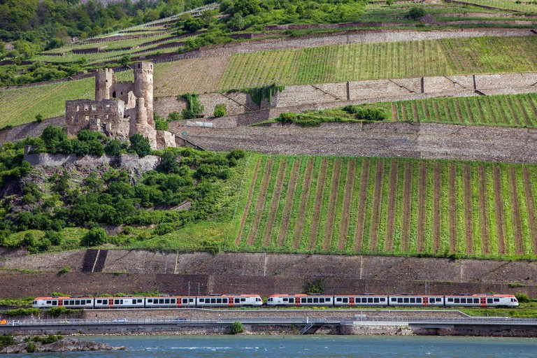 Railway at ruin Ehrenfels castle, Unesco world heritage site, Bingen on the Rhine, Upper Middle Rhine Valley, Rhineland-Palatinate, Germany