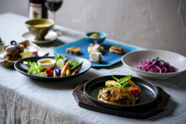 Enjoy healthy local vegan cuisine at Ukishima Garden