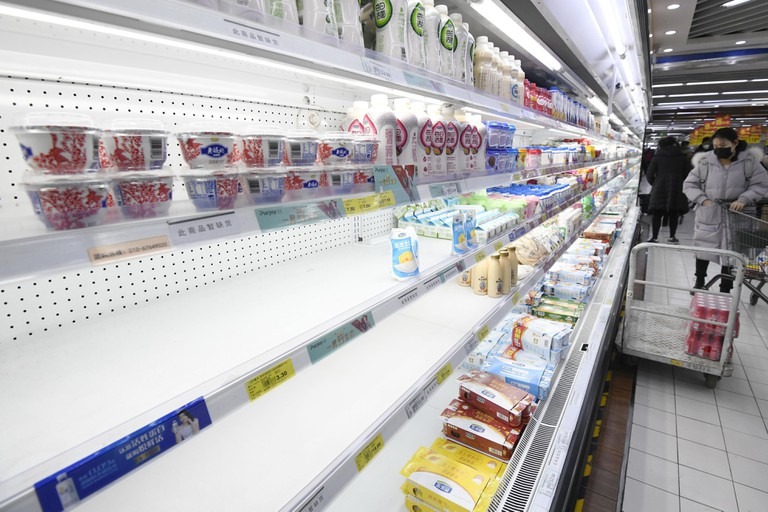Beijing, China. 30th Jan 2020. Food items run short at a supermarket in Beijing on Jan. 30, 2020, amid the spreading coronavirus. (Kyodo)==Kyodo Photo via Credit: Newscom/Alamy Live News