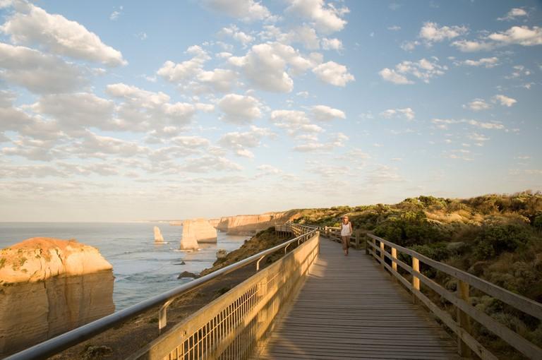 Wooden walkway, The Twelve Apostles, Great Ocean Road, Victoria, Australia.