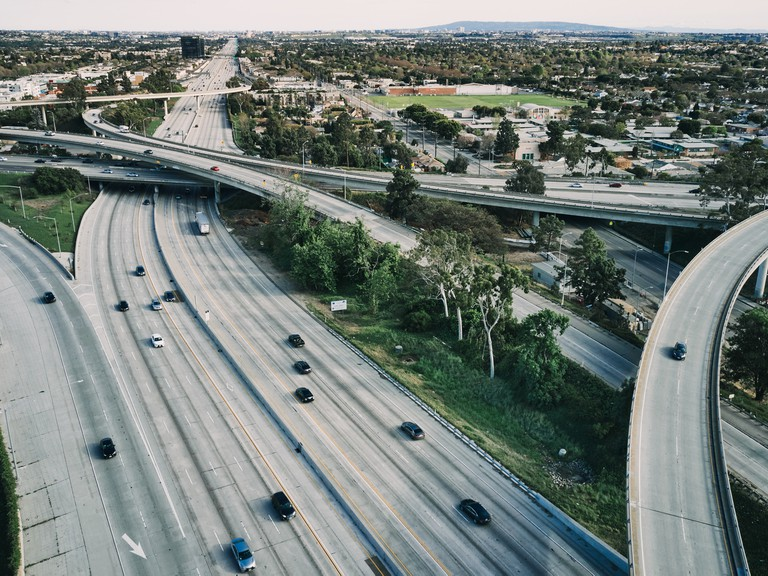 The intersection of the 405 and 10 highways pass through Los Angeles