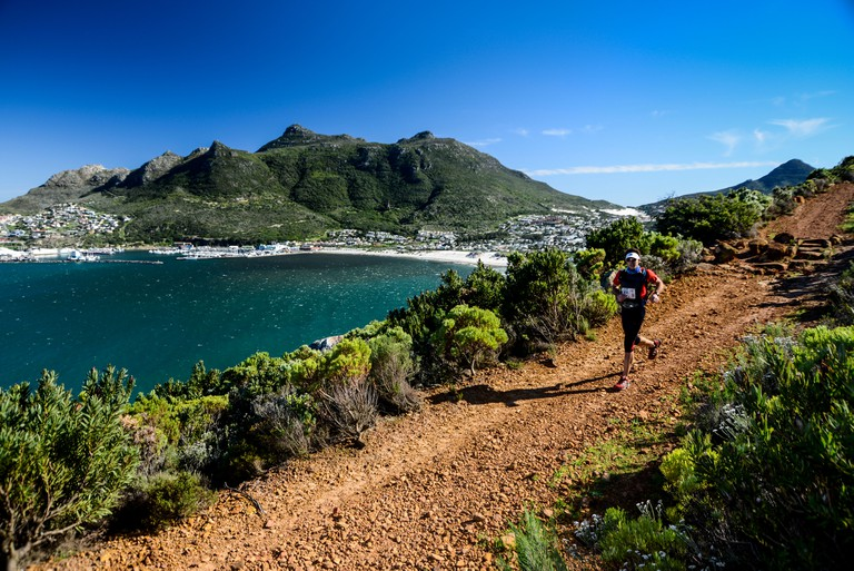 Trail runners in Hout Bay