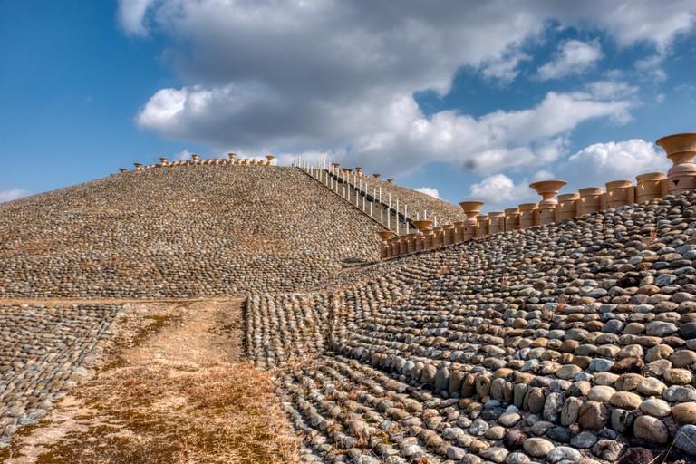 """The ancient grave """"Goshikizuka Kofun"""""""