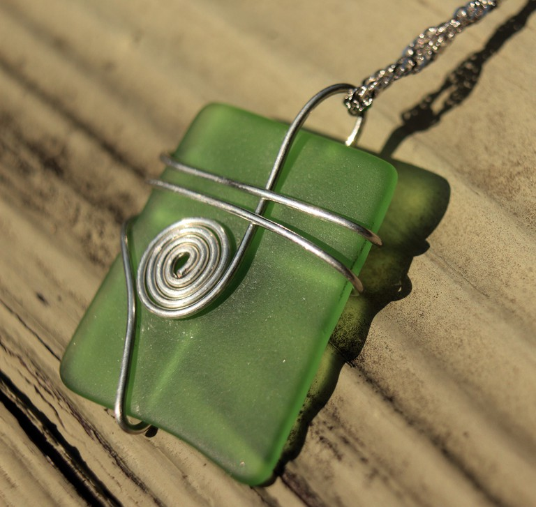 Green glass silver wire wrap necklace - - Green Creations