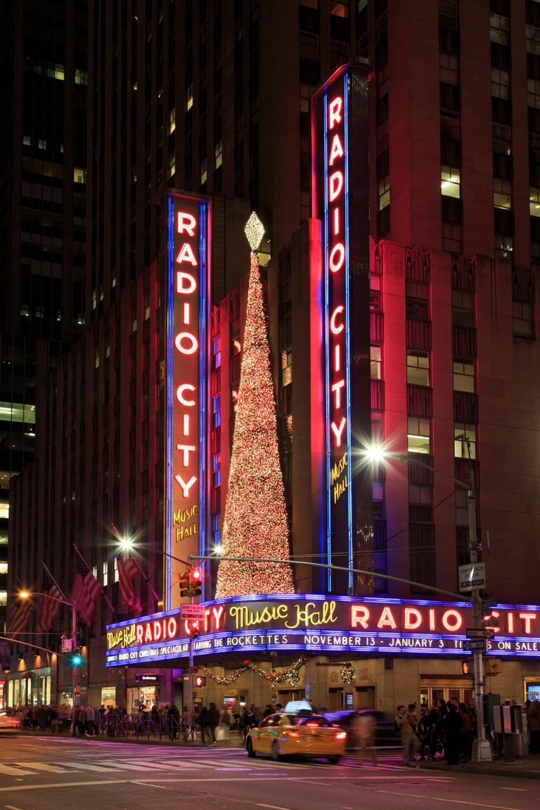 USA, New York City, Midtown Manhattan, Rockefeller Center, Radio City Music Hall