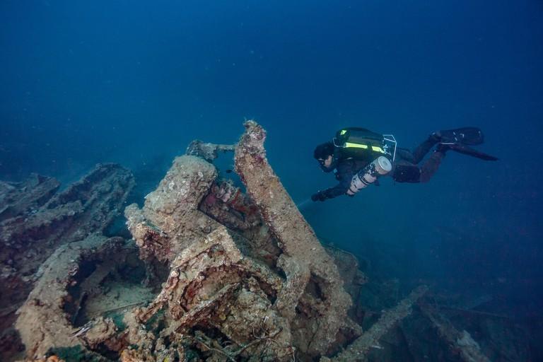 underwater wreckage million dollar point vanuatu