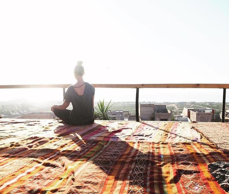 yoga+roof