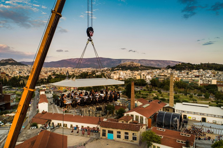 Greece, Athens: Dinner in the Sky in Athens. An extraordinary culinary proposal, in the center of Athens, welcomes you! A table for 22 people, along w