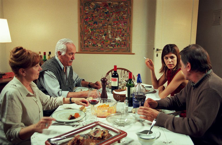 Lugares comunes Lugares comunes  Year: 2002 - Spain / Argentina Federico Luppi , Mercedes Sampietro , Arturo Puig , Valentina Bassi  Director: Adolfo Aristarain. Image shot 2002. Exact date unknown.
