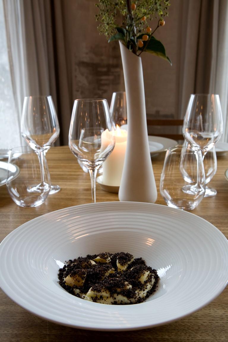Restaurant Noma, best restaurant in the world 2010-2011, chef Rene Redzepi,