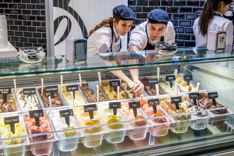 Buenos Aires Argentina Lucciano's Galerias Pacifico mall shopping food court Lucciano's Gelato Shop ice cream counter Hispanic girl boy teen Argentine